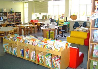 Biblioteca civica Cesare Pavese